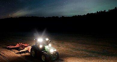 Voici comment les agriculteurs trouvent le bon projecteur de travail : 7 critères à suivre pour l'option parfaitement adaptée.